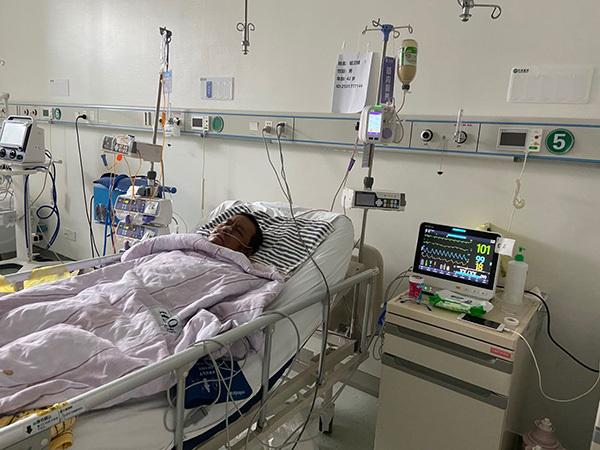 武汉中心医院感染新冠肺炎医生胡卫锋不幸去世