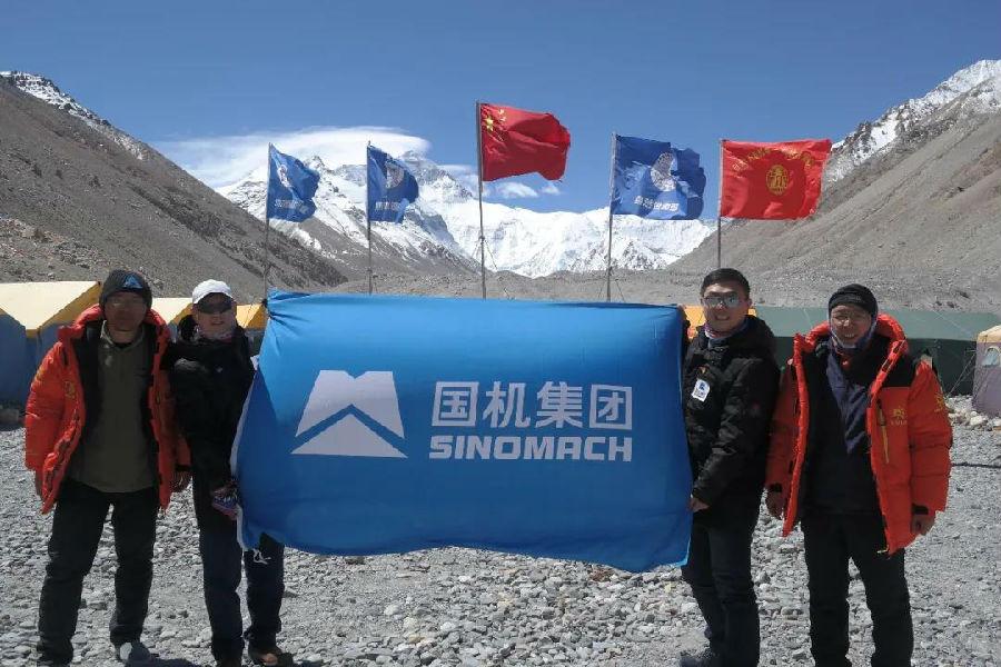 天富,国机制天富造珠峰测绘重力仪闪亮珠峰图片