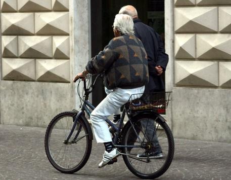 意国家统计局:意大利北部预期寿命或因疫情影响减少2岁