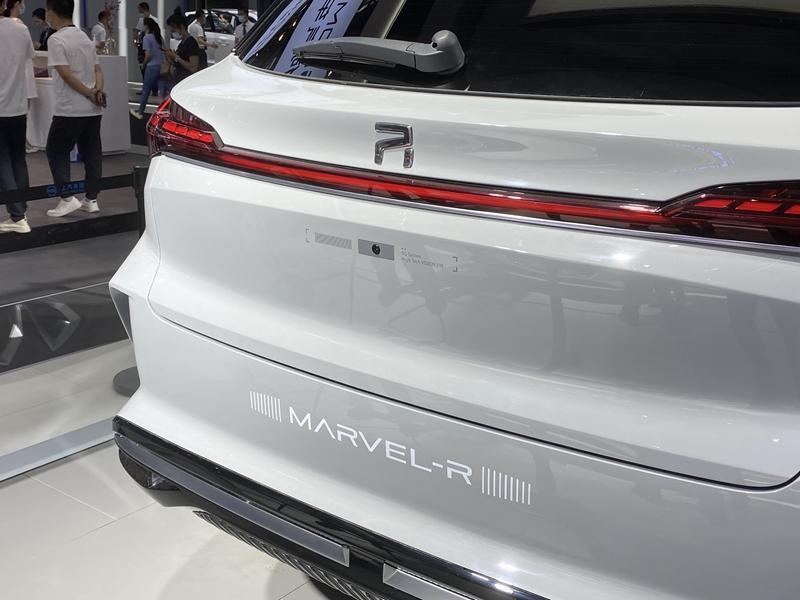 据悉,上汽荣威MARVEL-R将会搭载上汽最新的5G技术以及L3级自动驾驶系统,新车将具备停车起步引导、弯道智能减速、车速引导、交通路口提醒等功能,为用户带来多场景模式下的智能交互体验。