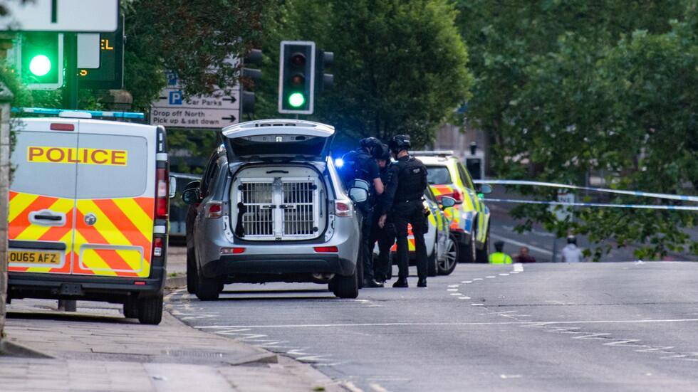 英国雷丁发生持刀袭击事件造成3死3伤 警方回应