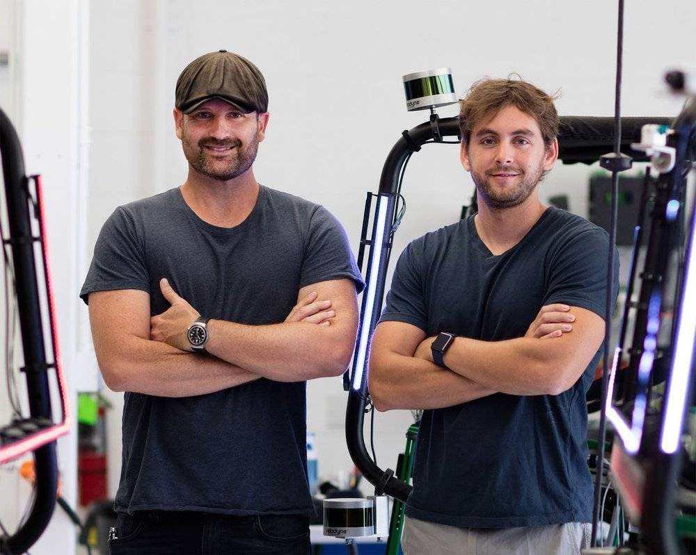 Zoox的两位创始人,他们曾坚持Zoox走自主研发路线 来源:Bloomberg