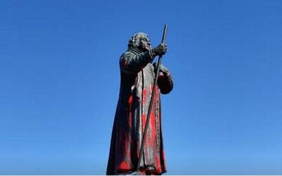 冰岛格陵兰岛上埃格德雕像被损坏