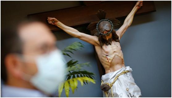 """哥伦布、罗斯福""""倒""""下之后 又有人盯上耶稣雕像"""