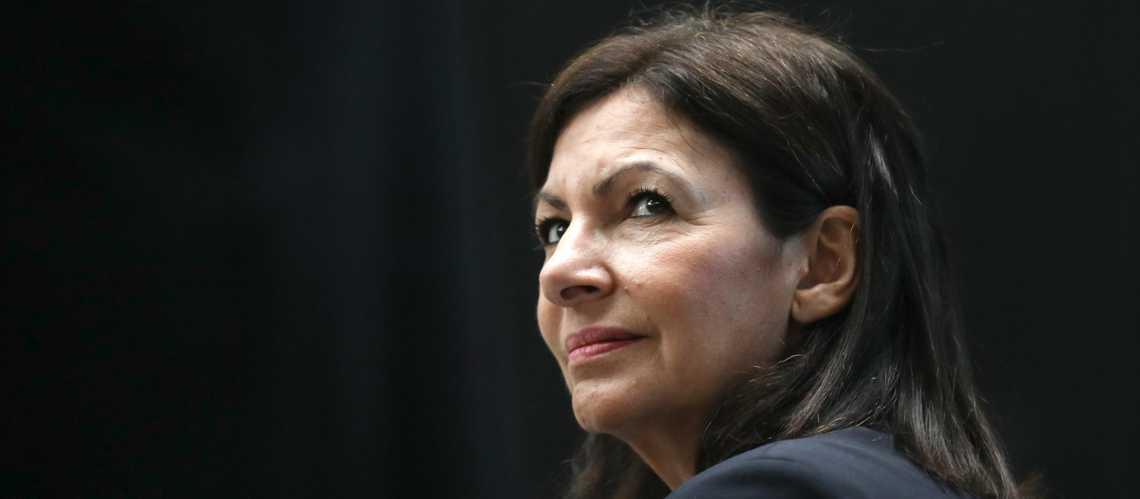 法国巴黎市长伊达尔戈称新冠病毒检测呈阳性
