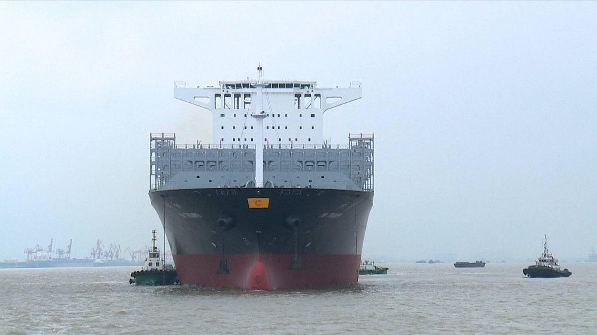 摩天测速沿线新造摩天测速尺寸最大集装图片