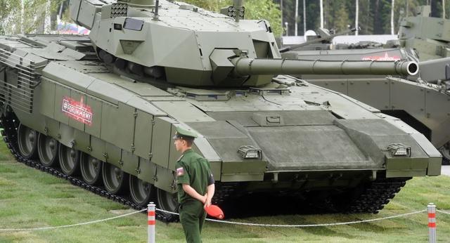 T90过时了?俄罗斯抓住机会 忽悠印度买最新的T14阿玛塔