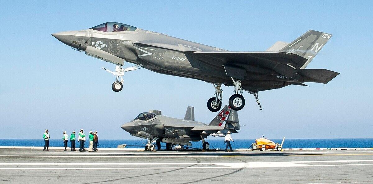 F-35C舰载机才刚开始用美海军就着急研发六代机