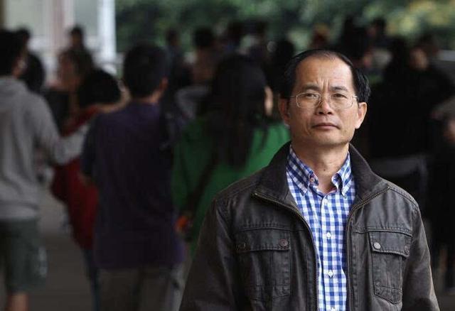 [摩天平台]宣布退出政坛摩天平台后炮制香港城图片