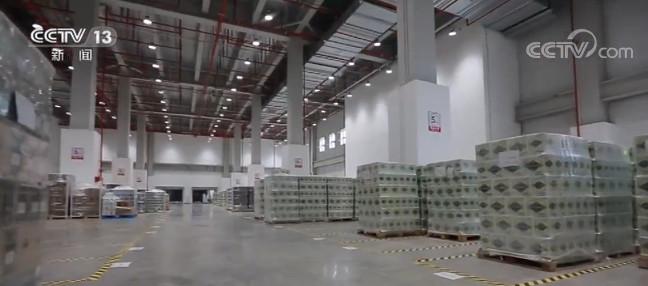 """上海:第三届进博会参展商品可实现""""保转展""""图片"""