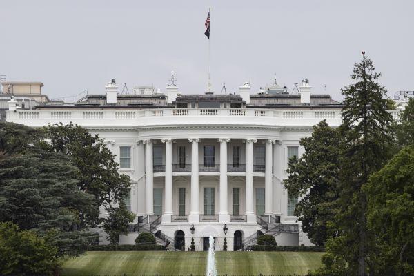 图为在美国首都华盛顿拍摄的白宫。新华社发