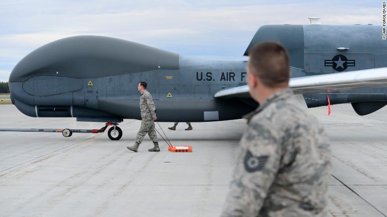 """美国空军""""全球鹰""""无人机"""