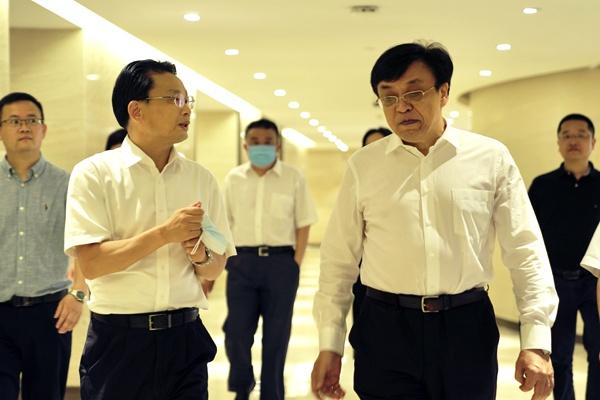 冯飞常务副省长调研省行政中心二号院图片