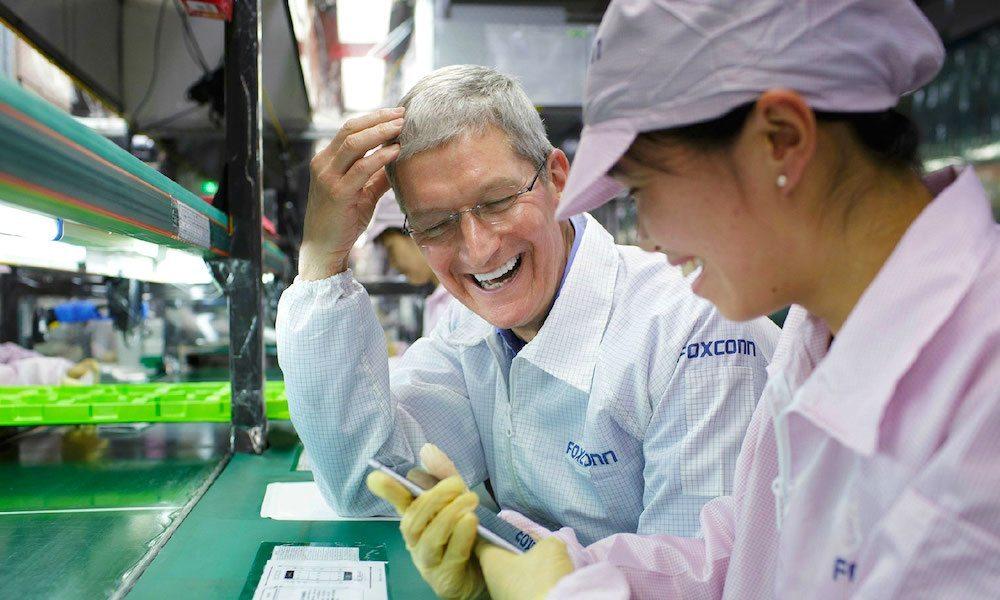 机器人造iPhone,苹果奋斗八年,还是败给了富士康工人