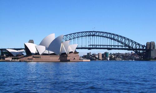 天富,澳研究报告称有组织网天富络水军散播图片