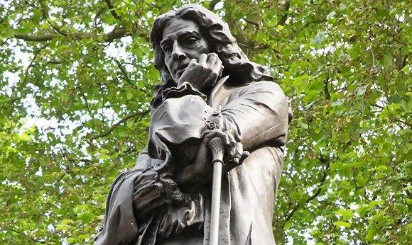 科尔斯顿的铜像