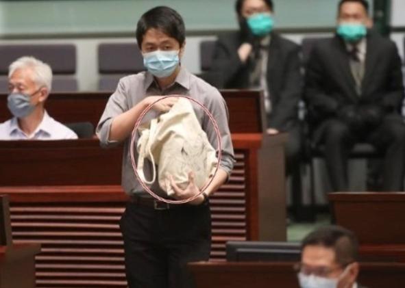 防反对派议员再扔臭弹 香港立法会禁止储物柜上锁图片