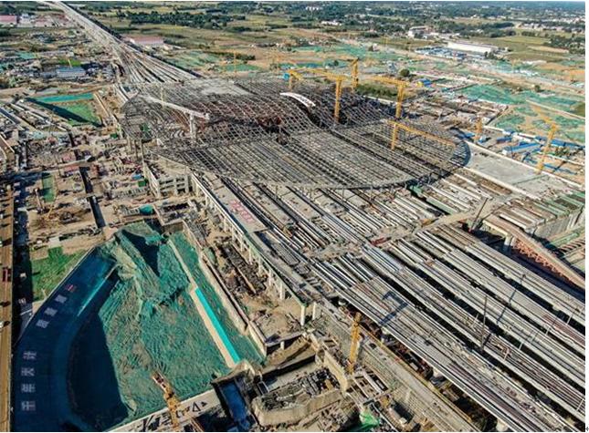 建设科技集团担纲设计的京雄城际铁路雄安站主体结构完工图片