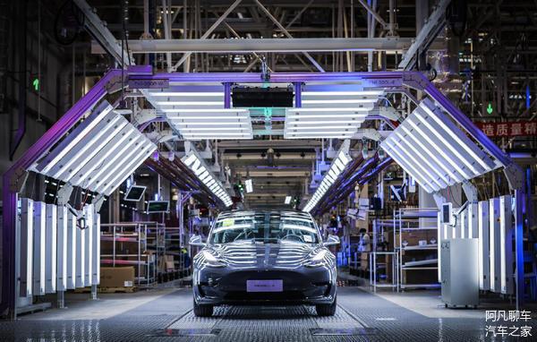 我们来看看国内6月份新能源汽车销量,特斯