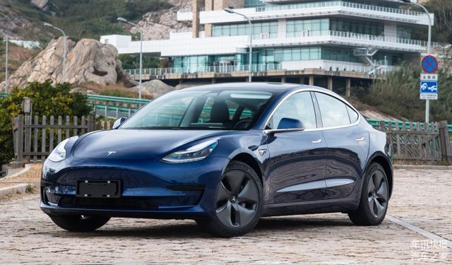 与宝马X5同级卖32.8万,6个半月交付10000辆,理想汽车超越特斯拉