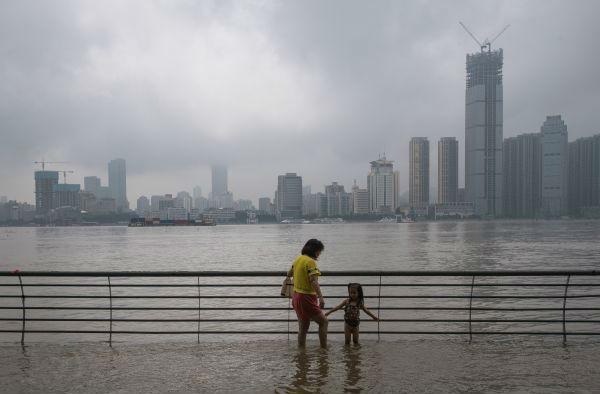 述评杏悦中国第二季度经济复苏令人期待,杏悦图片