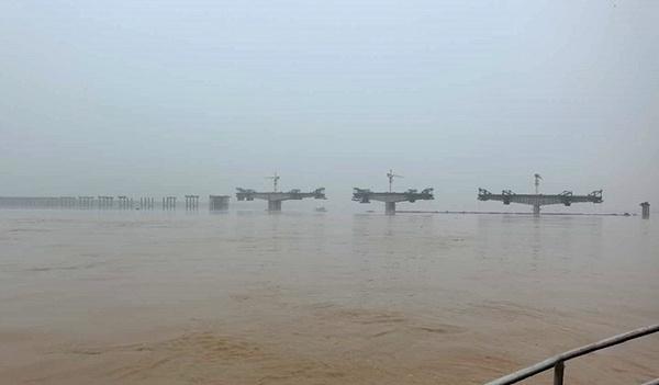 【抗洪抢险 央企行动①】暴雨预警升级 中国铁建助力多地抗洪防汛