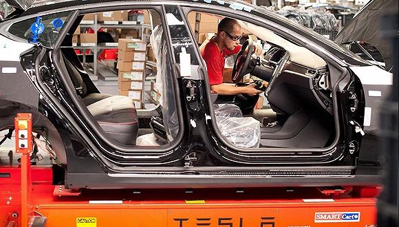 特斯拉首批新车不能买?这位前质量副总裁透露了一些内幕
