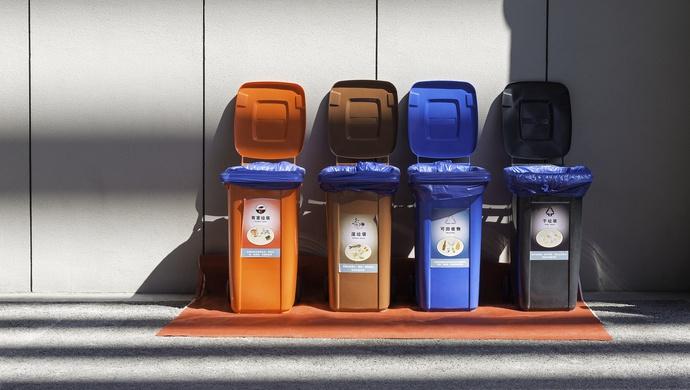 [杏悦]些小区垃圾箱可杏悦能改成超大冰图片