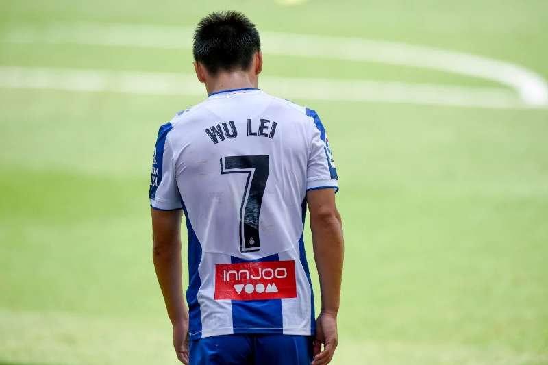 足球报:西班牙人今夏主力阵容重建,武磊留队意义重大