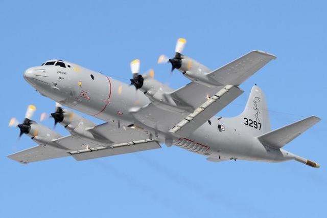 美国挪威多架侦察机飞越黑海和巴