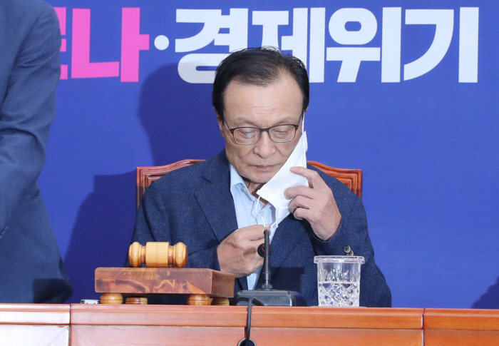 韩国执政党党首李海瓒(韩联社)