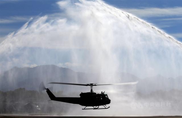 台当局赠洪都拉斯二手直升机坠毁,此前赠伯利兹同型机也坠毁