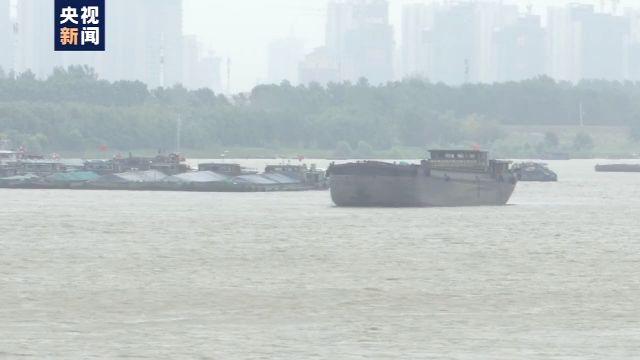 「杏悦」上游强杏悦降雨持续王家坝逼近警戒水位图片