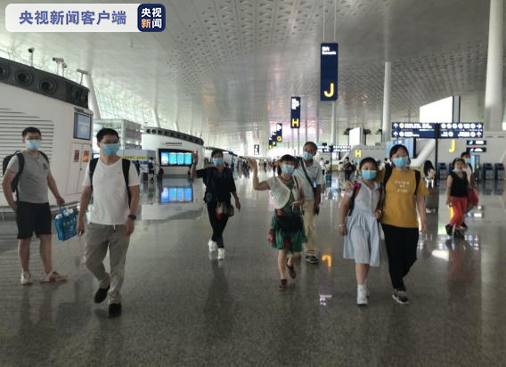 「杏悦」跨省团队游首接团来自江西杏悦首发团去了兰图片