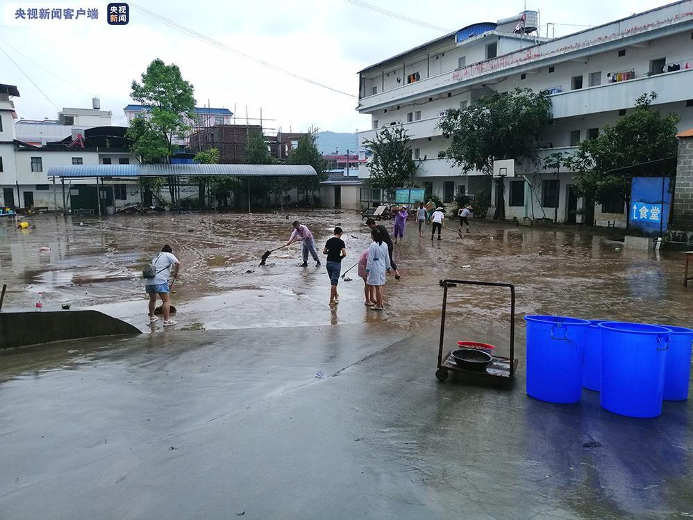 云南盈江水位回落内涝洪水消退 当地全力搜救3名失联人员图片