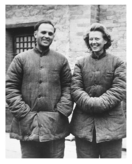 △1947年,伊莎白配偶在十里店的留影