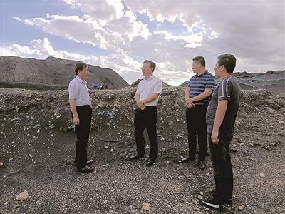 中国纪检监察报 | 内蒙古对煤炭资源领域腐败问题倒查20年 乌金除垢图片