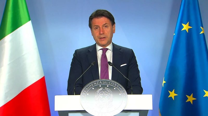 △当地时间7月21日,意大利总理孔特在欧盟峰会结束后举行记者会