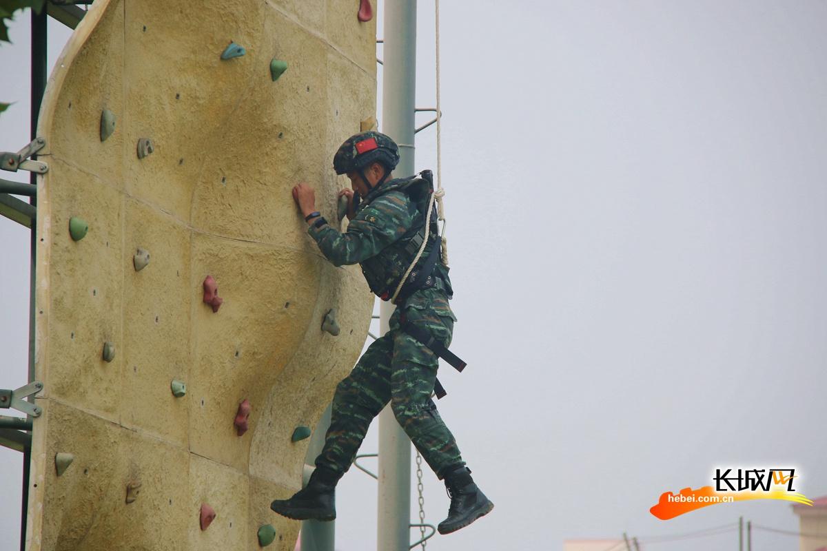 【高清组图】飒!河北武警战士军事训练