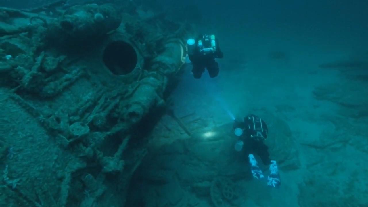 潜水员拍摄二战时沉没的德潜艇 75年前撞上鱼雷沉没
