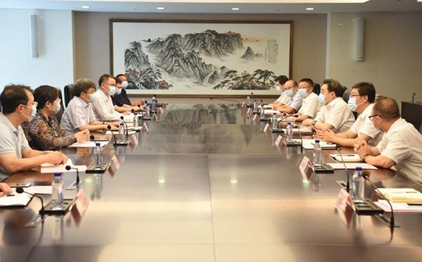 王宏志会见中国电子党组成员、副总经理陈锡明