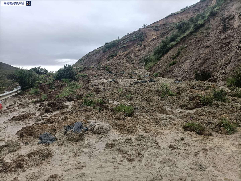 [杏悦]川甘孜多条国省杏悦干道发生塌方泥石流正图片