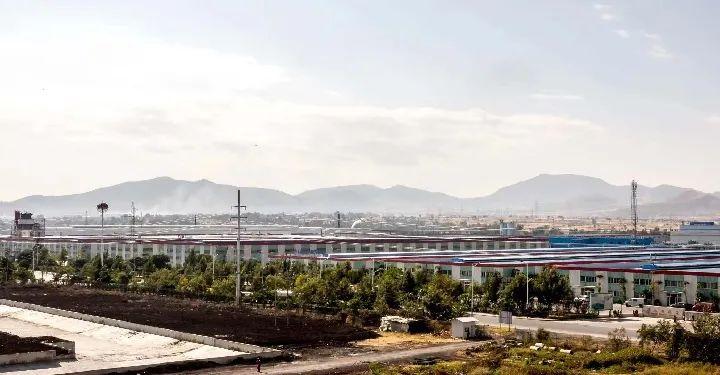 ▲这是2018年12月7日拍摄的埃塞俄比亚东方工业园内的厂房。新华社记者 张宇 摄