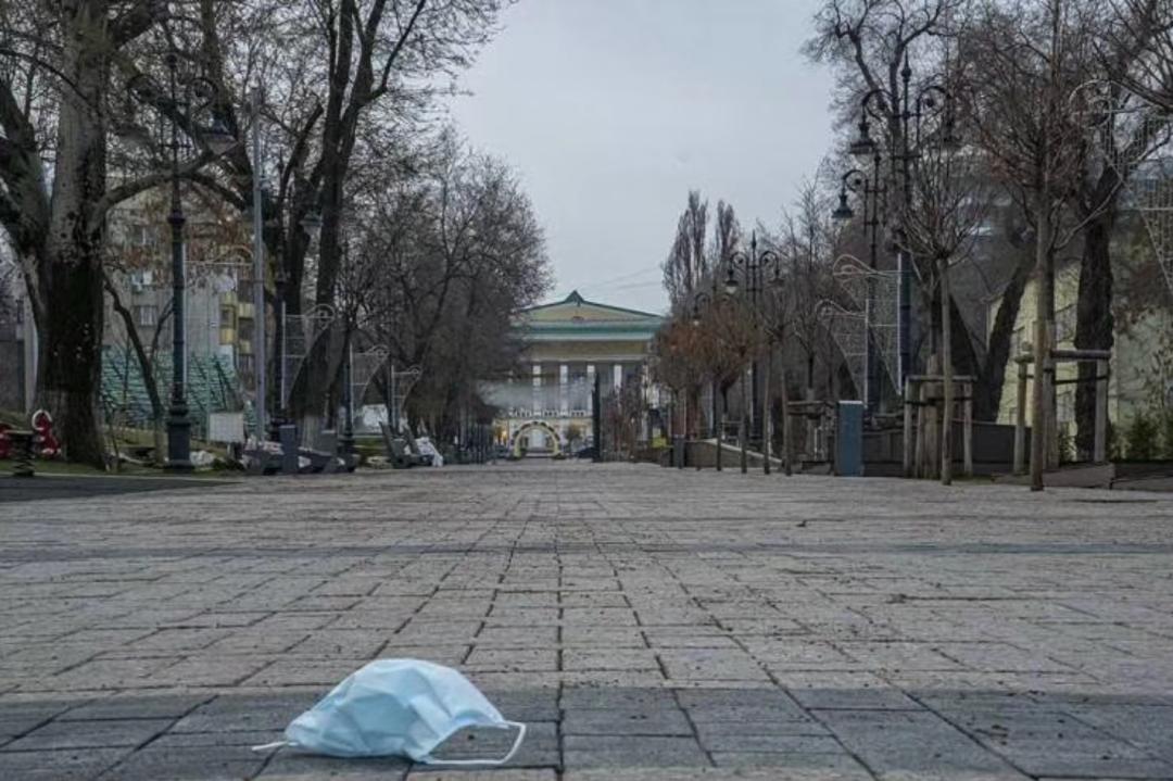 3月底的哈萨克斯坦城市阿拉木图街道 图片来源:受访者提供