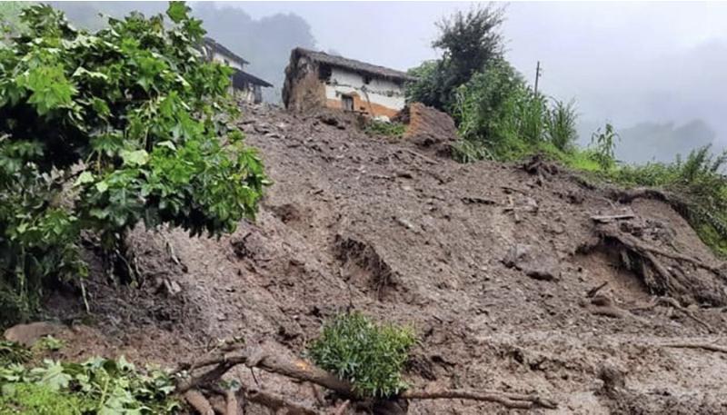 尼泊尔中西部巴格隆地区地区山体滑坡造成4人死亡