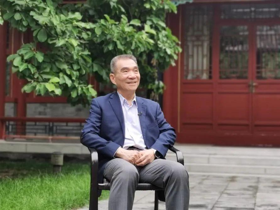 林毅夫院长在北京大学朗润园接受人民网专访