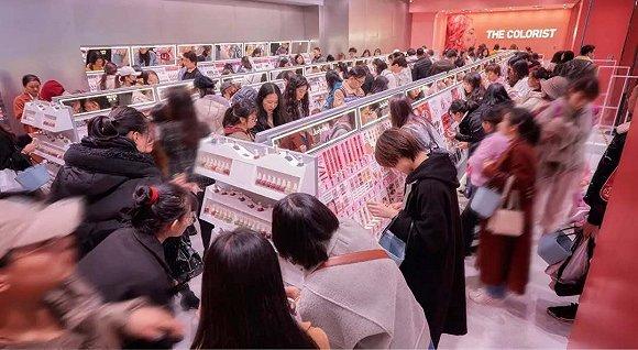 化妆品零售反弹有多猛本土美妆集合店扩张就有多快