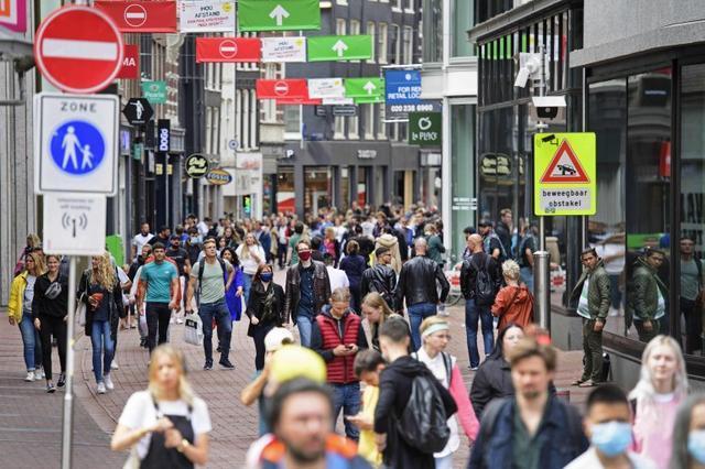 荷兰新冠病例激增 政府仍不建议戴口罩:尚未证明有效