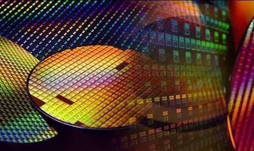 研究机构预计全球半导体封装材料市场 2024 年超过 200 亿美元