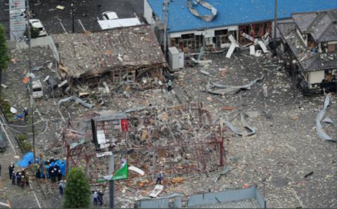 福岛突发爆炸致1死17伤 亲历者:以为雷劈下来